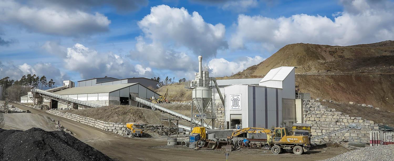 Produktionsablauf Brechen und Sieben Anlage Schotterwerk Mayer