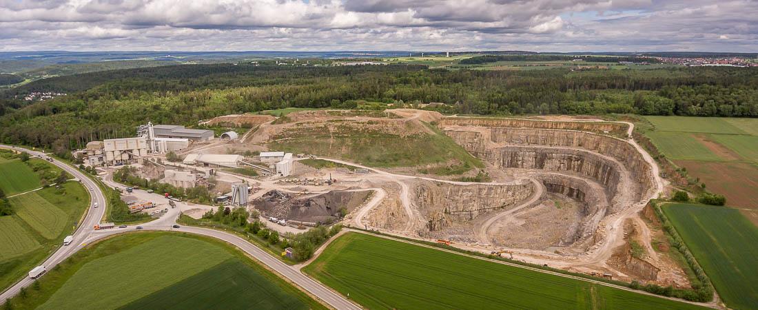 Luftbild Steinbruch Schotterwerk Mayer Mötzingen